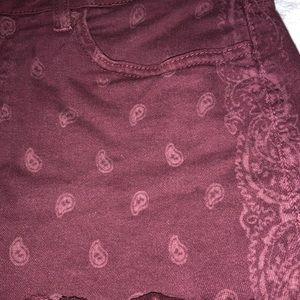 Vans Shorts - vans paisley patterned maroon shorts